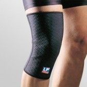 LP Supports Extreme Knee Support Closed Patella