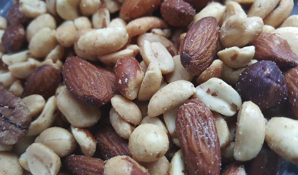 Eating nuts can increase your magnesium intake
