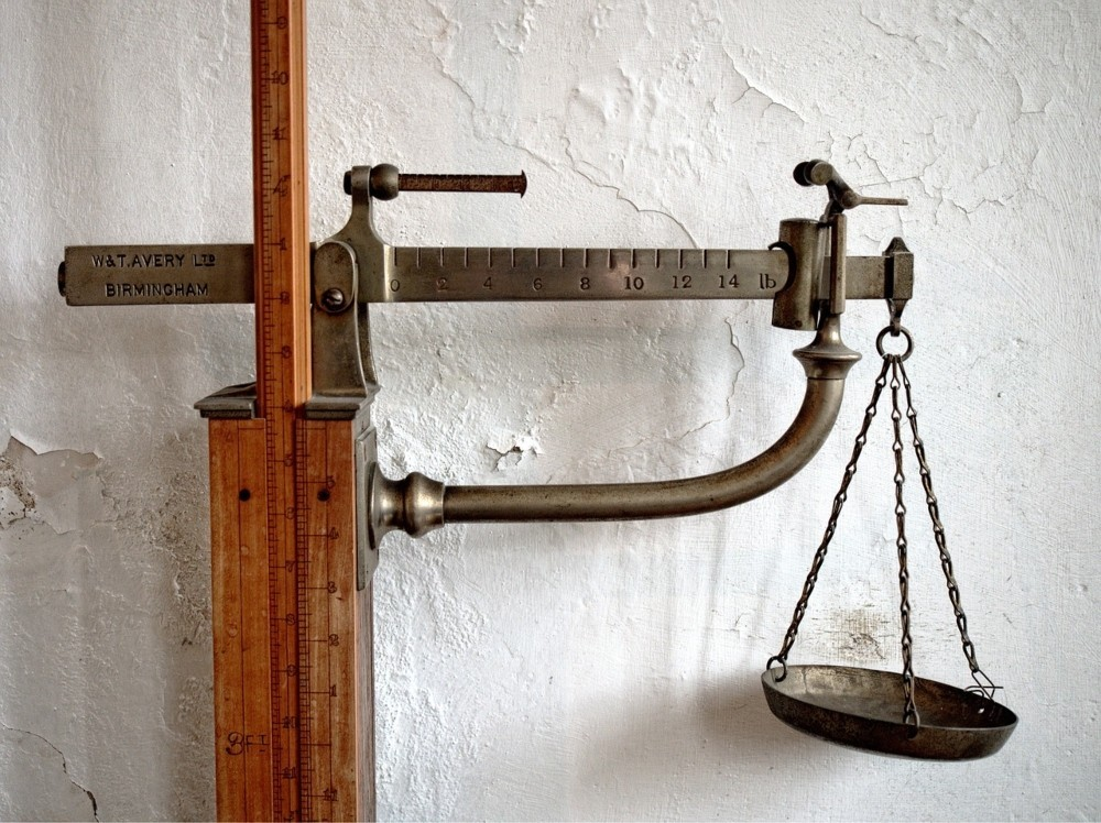 old scales with weights
